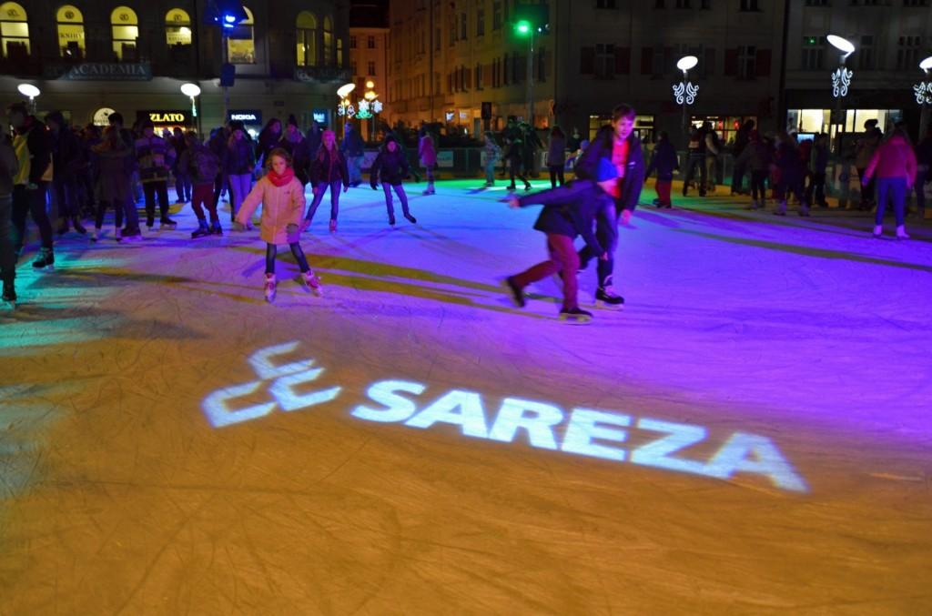 Veřejné bruslení na vánočním kluzišti Sareza Ostrava